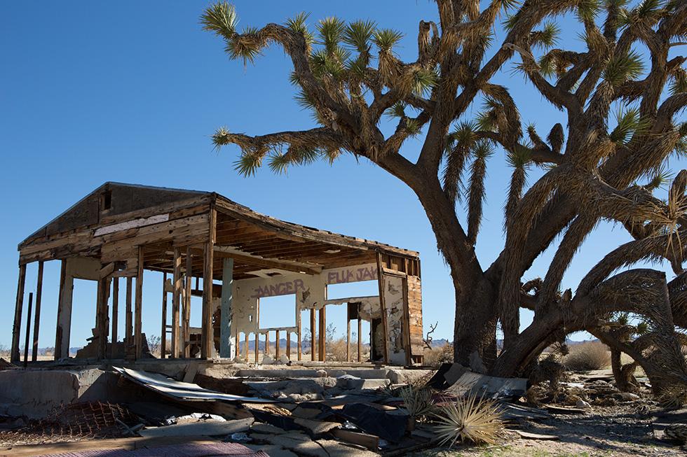 Desert abandoned building