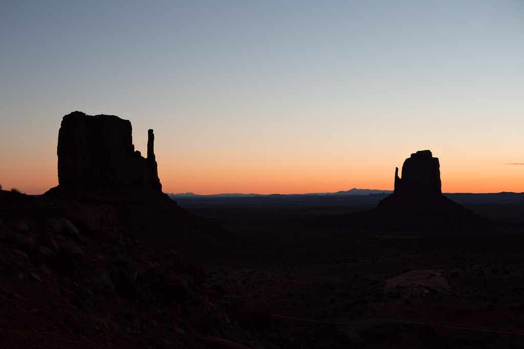 Dawn at the Mittens, Monument Valley