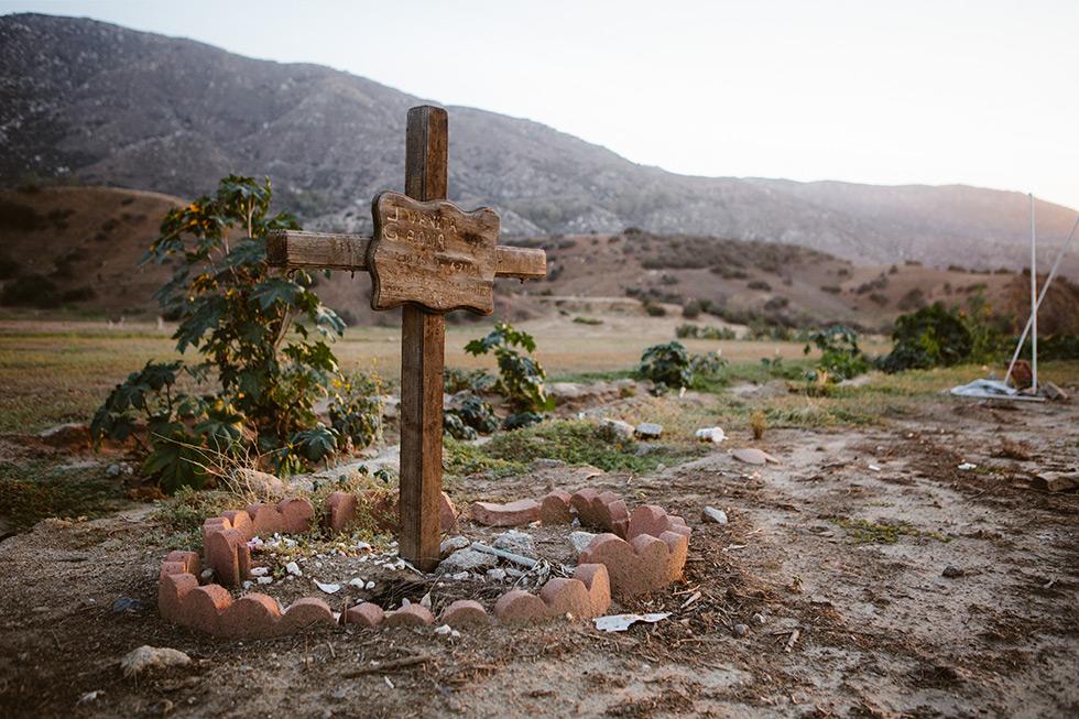 Reche Canyon grave