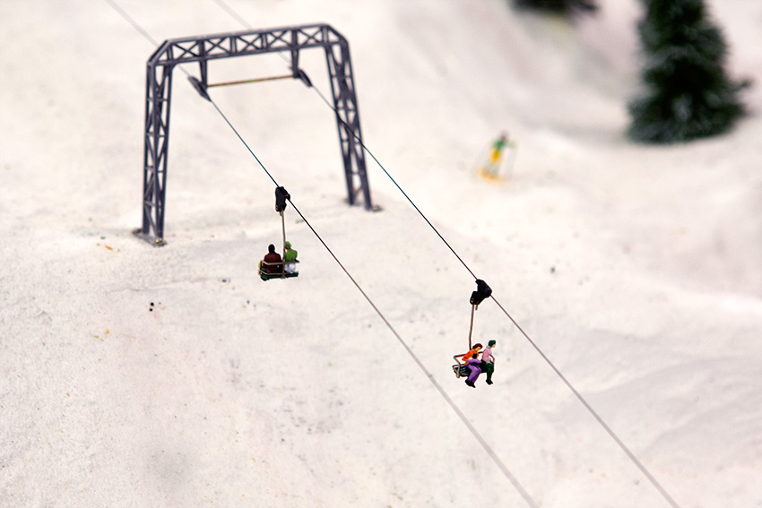 Anaheim Convention Center Model Train Expo-Working Ski Lift
