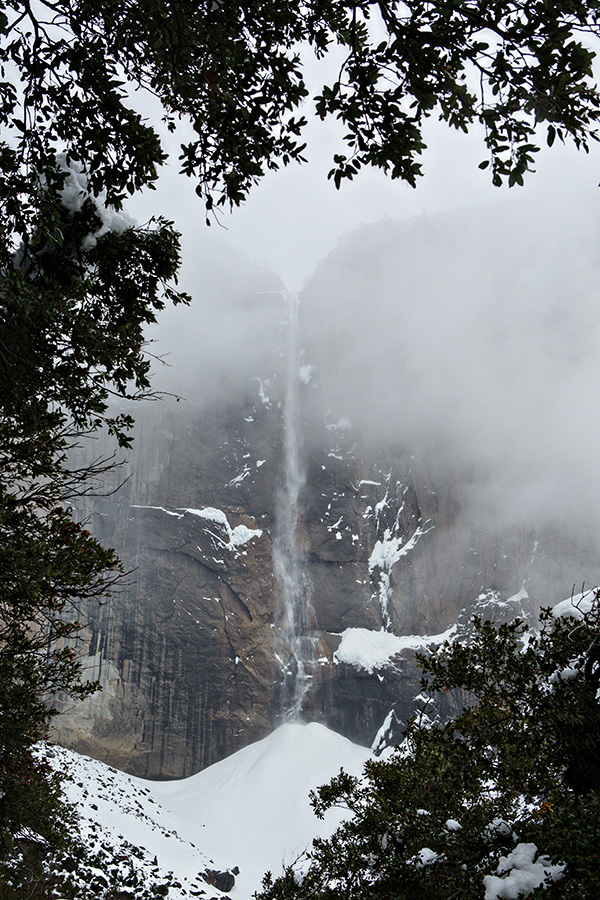 Upper Yosemite fall frozen