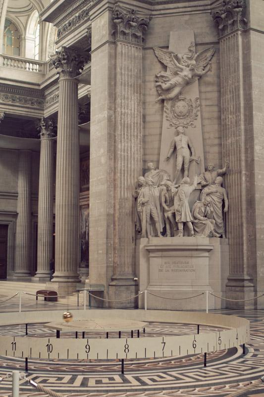 A time-keeping pendulum at the Pantheon