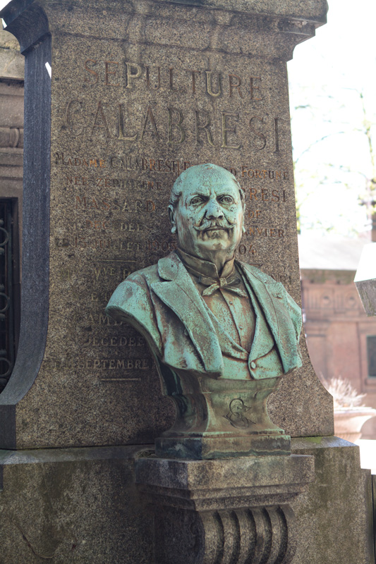 Interesting bust at Pere Lachaise
