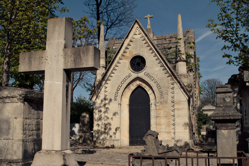 House-like tomb at Pere Lachaise