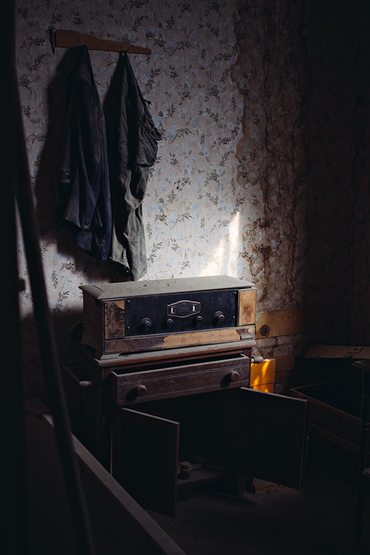 Jake Reinig Travel Photography | Bodie Ghost Town | Interior of a house